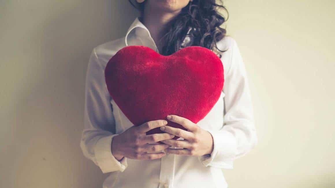 femme balance amour