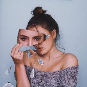 femme double visage